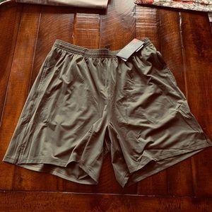 Under Armour heat gear shorts
